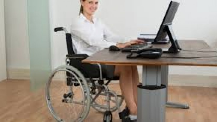 La finestra di slittamento della pensione di vecchiaia si applica anche per gli invalidi con accesso alla pensione di vecchiaia anticipata.