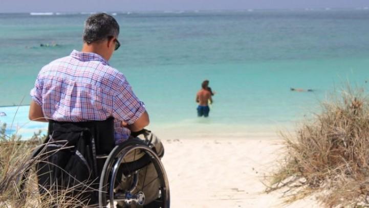 I permessi retribuiti per il lavoratore portatore di handicap sono riconosciuti senza che la fruizione del beneficio debba essere necessariamente diretta alle esigenze di cura.